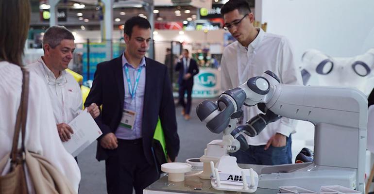 YuMi, el primer robot industrial colaborativo de doble brazo
