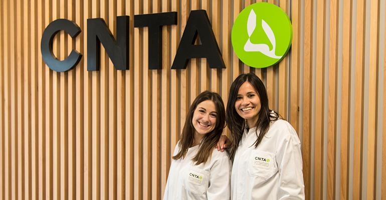 Esther de Paz Barragán y Amanda Belarra Atauri
